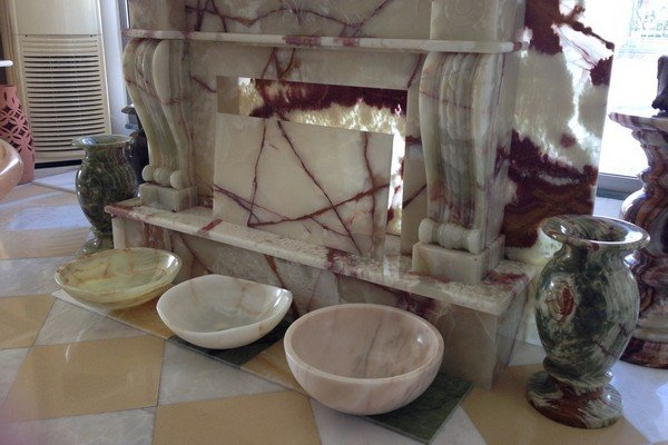 Sinks and vases from marble